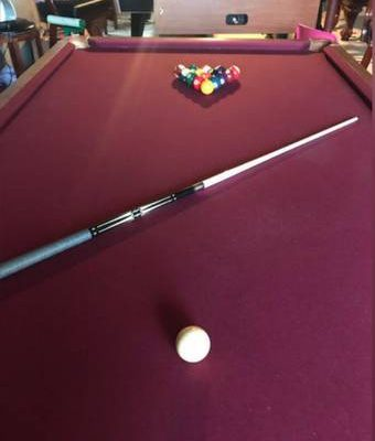 Quality 8' Pool Table
