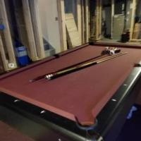 Pool Table 8' New Condition