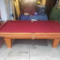 Very Nice 7' Pool Table For Sale